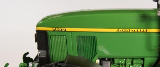 John Deere 7610