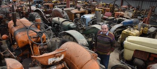 Guy Bourdin, l'homme aux 300 tracteurs